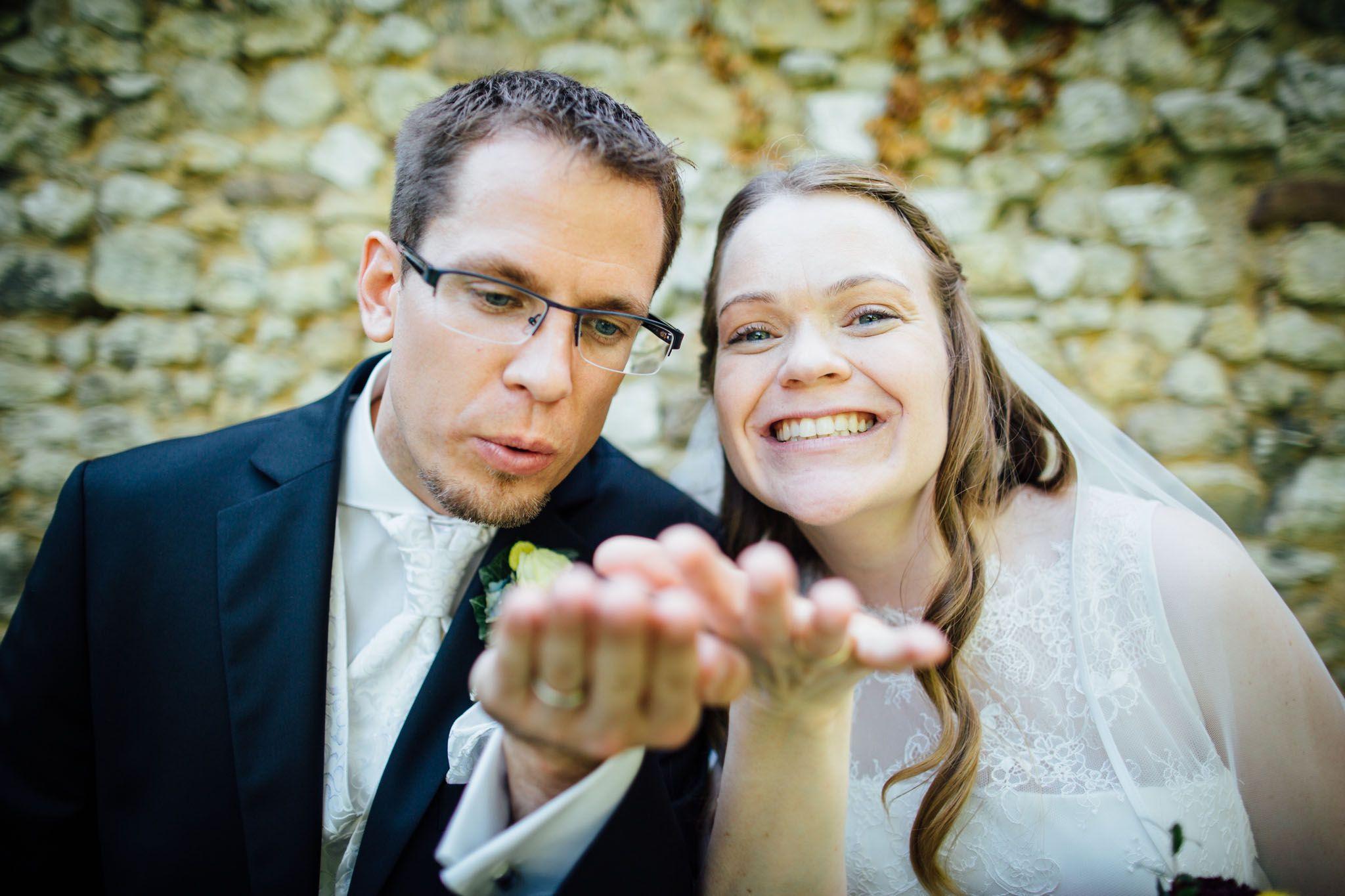 brautpaar-shooting-konfetti-fotograf