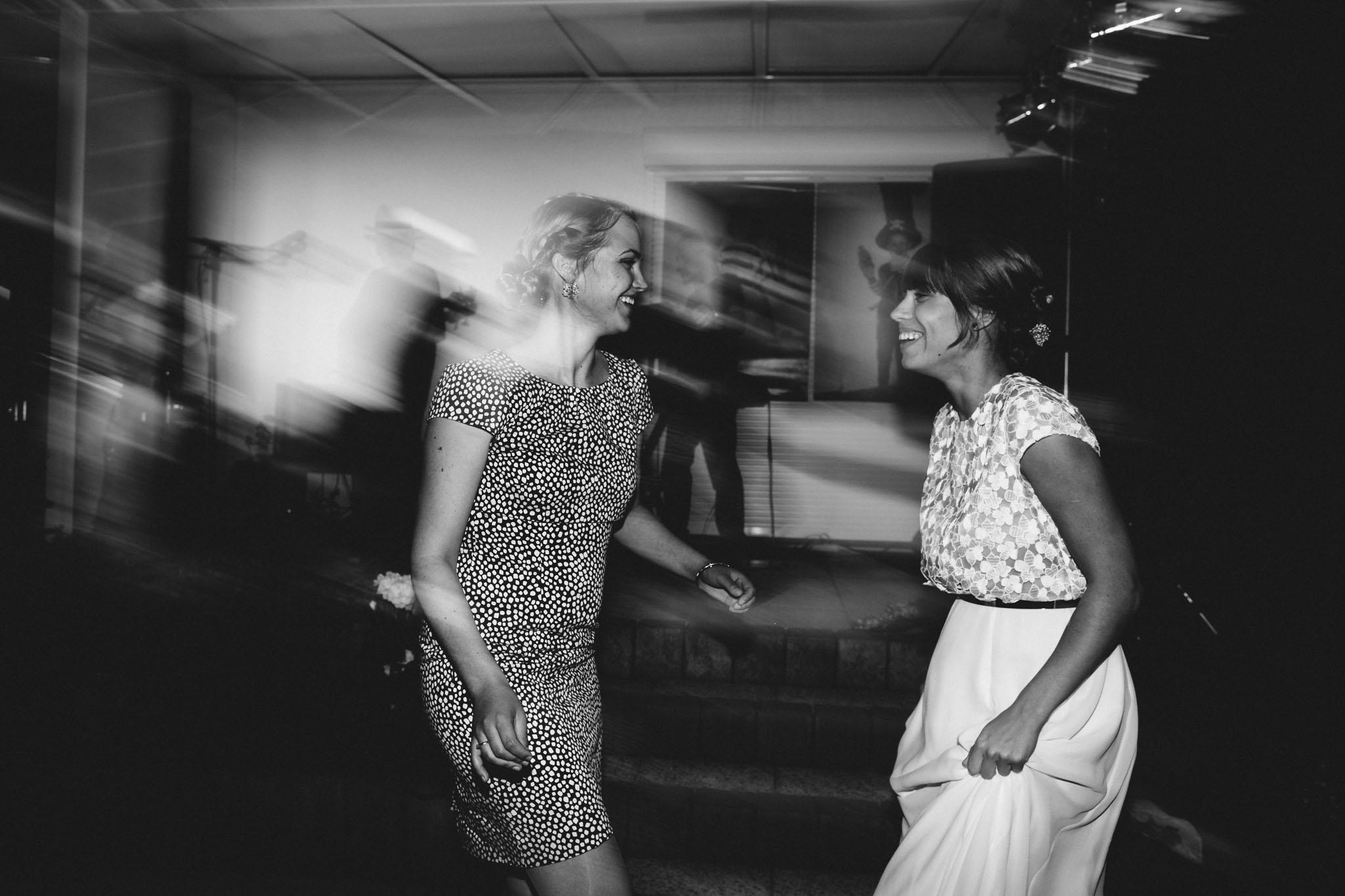 hochzeit-party-tanz-berlin-fotograf