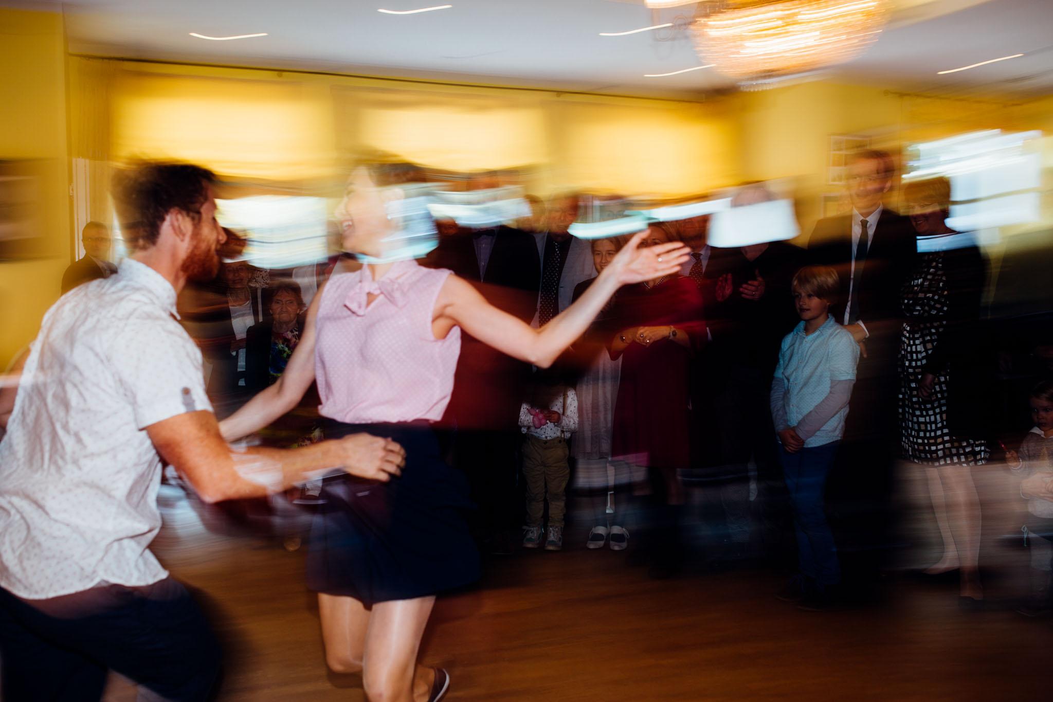 cafe-wildau-tanzen-hochzeitsfotograf