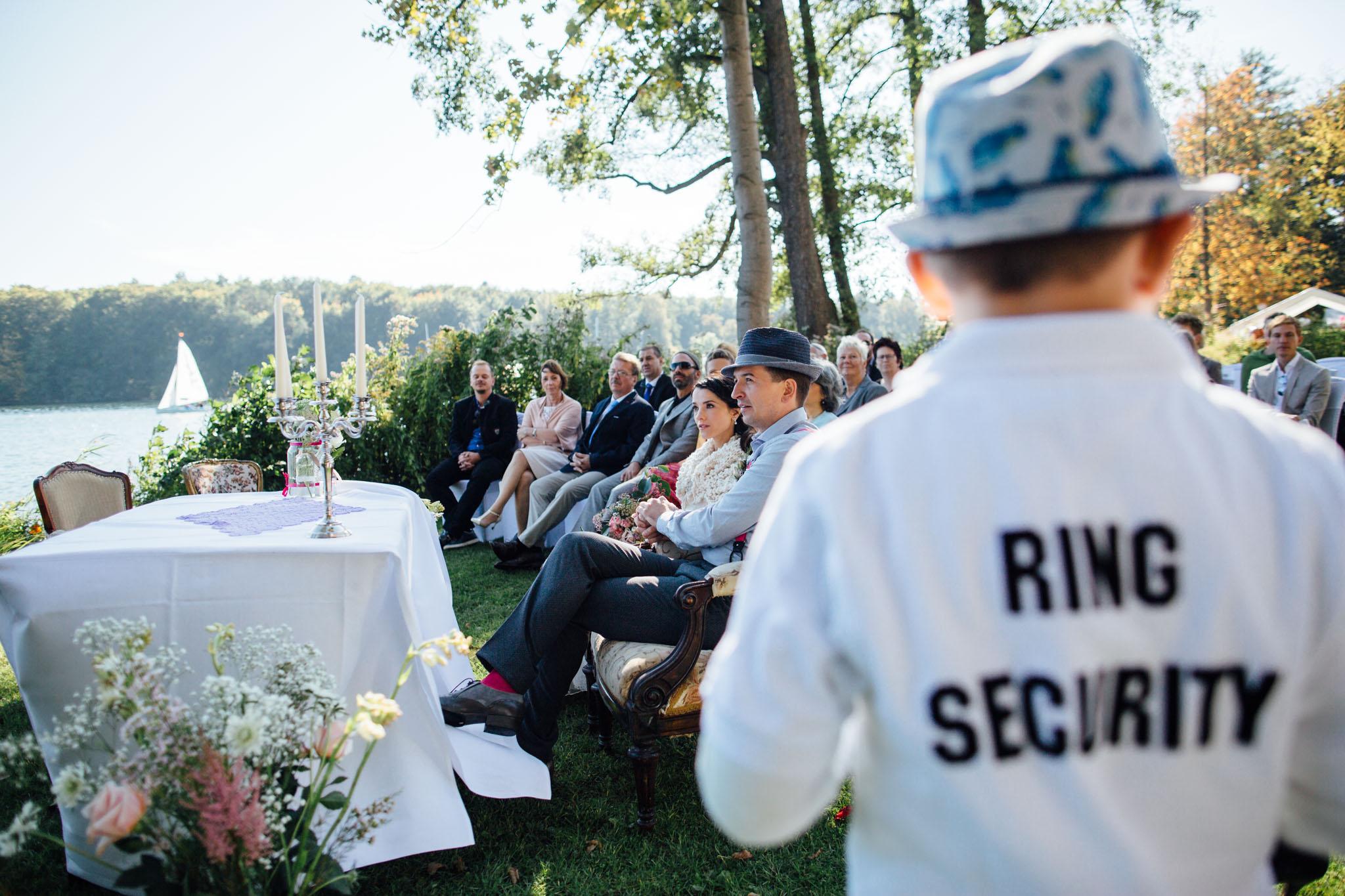 heiraten-ring-security-hochzeit-feier