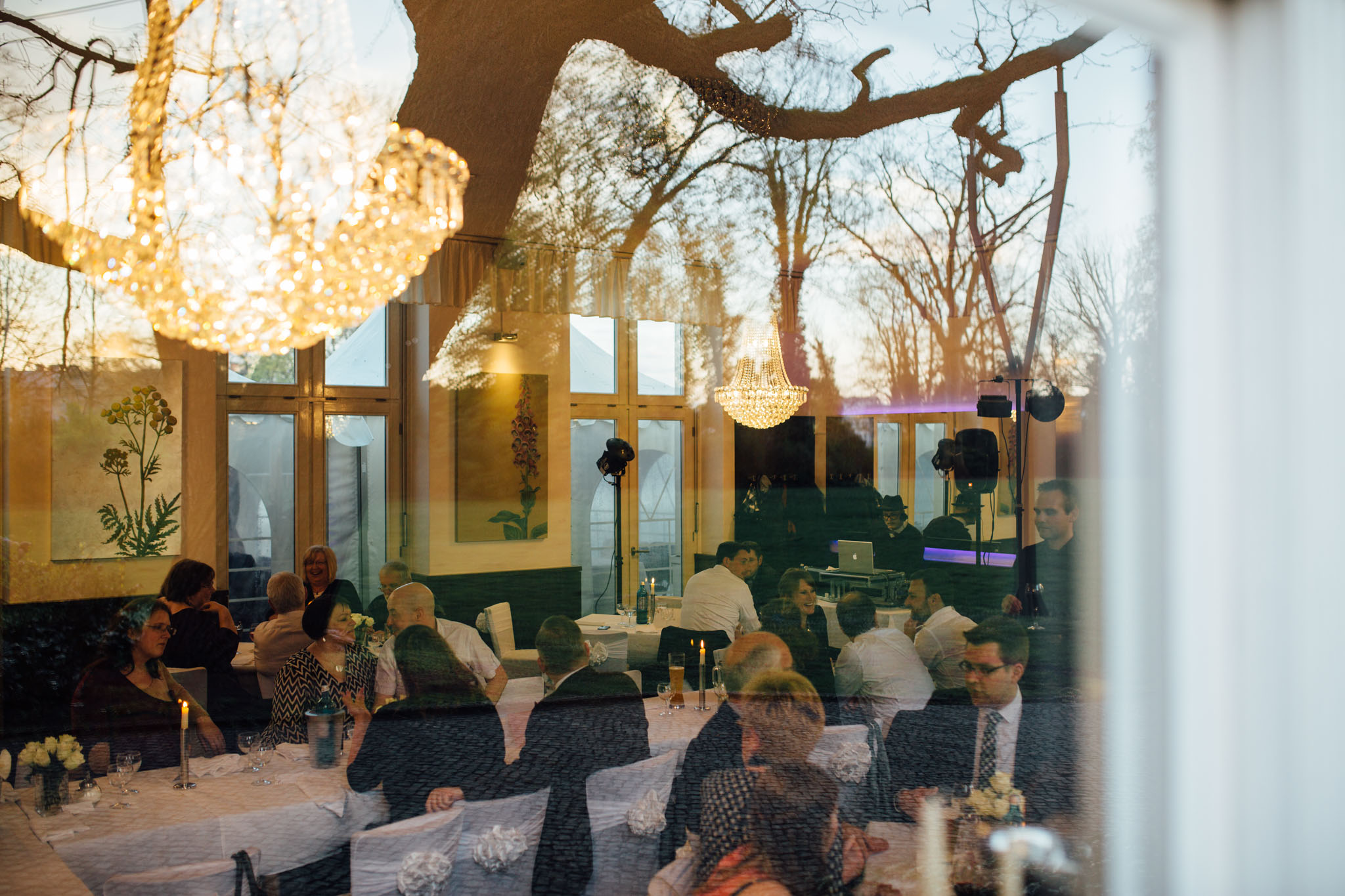 hochzeit-feiern-schlosscafe-hochzeitsfotograf-berlin