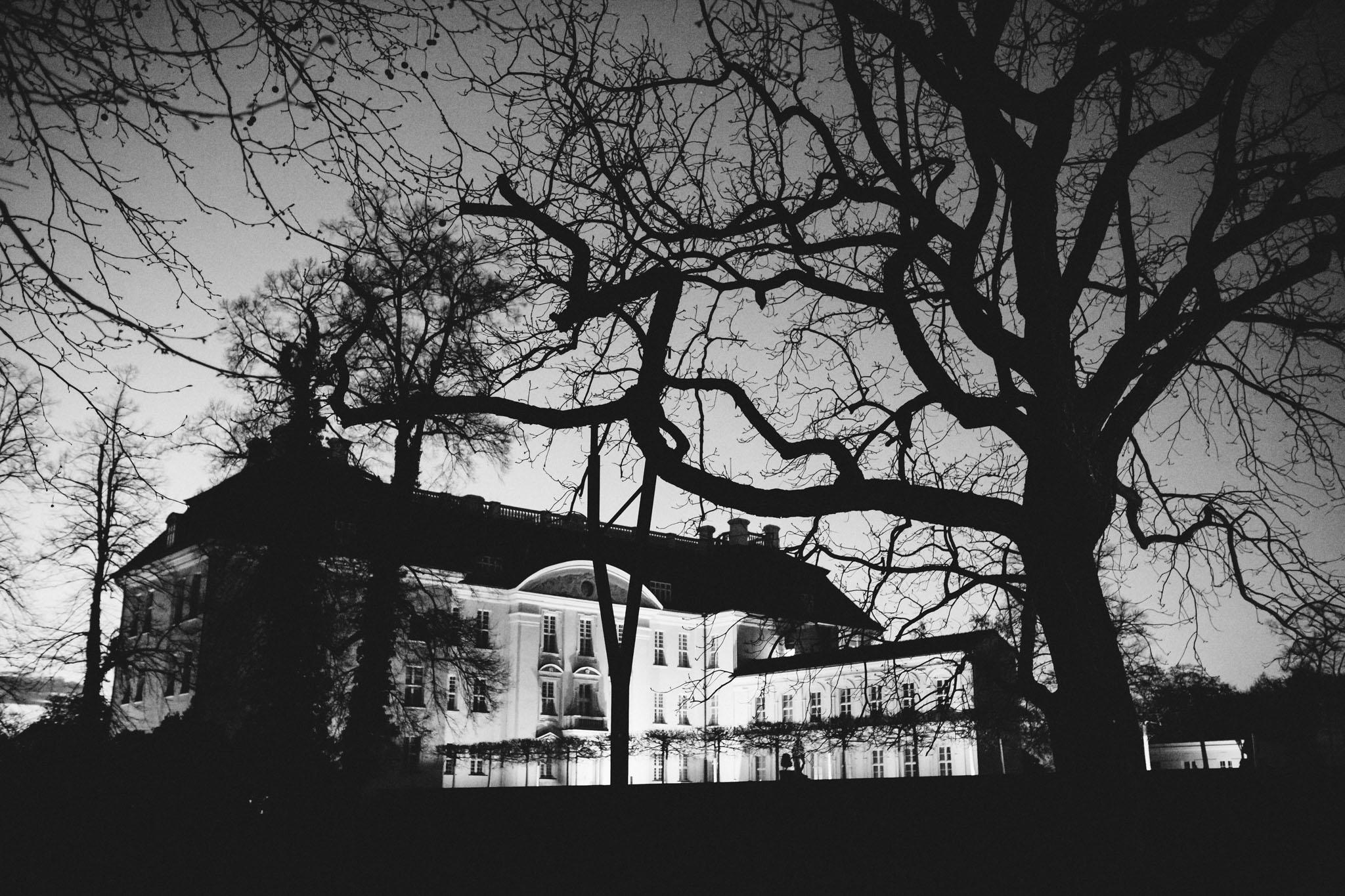 schloss-köpenick-nacht-schwarzweiss