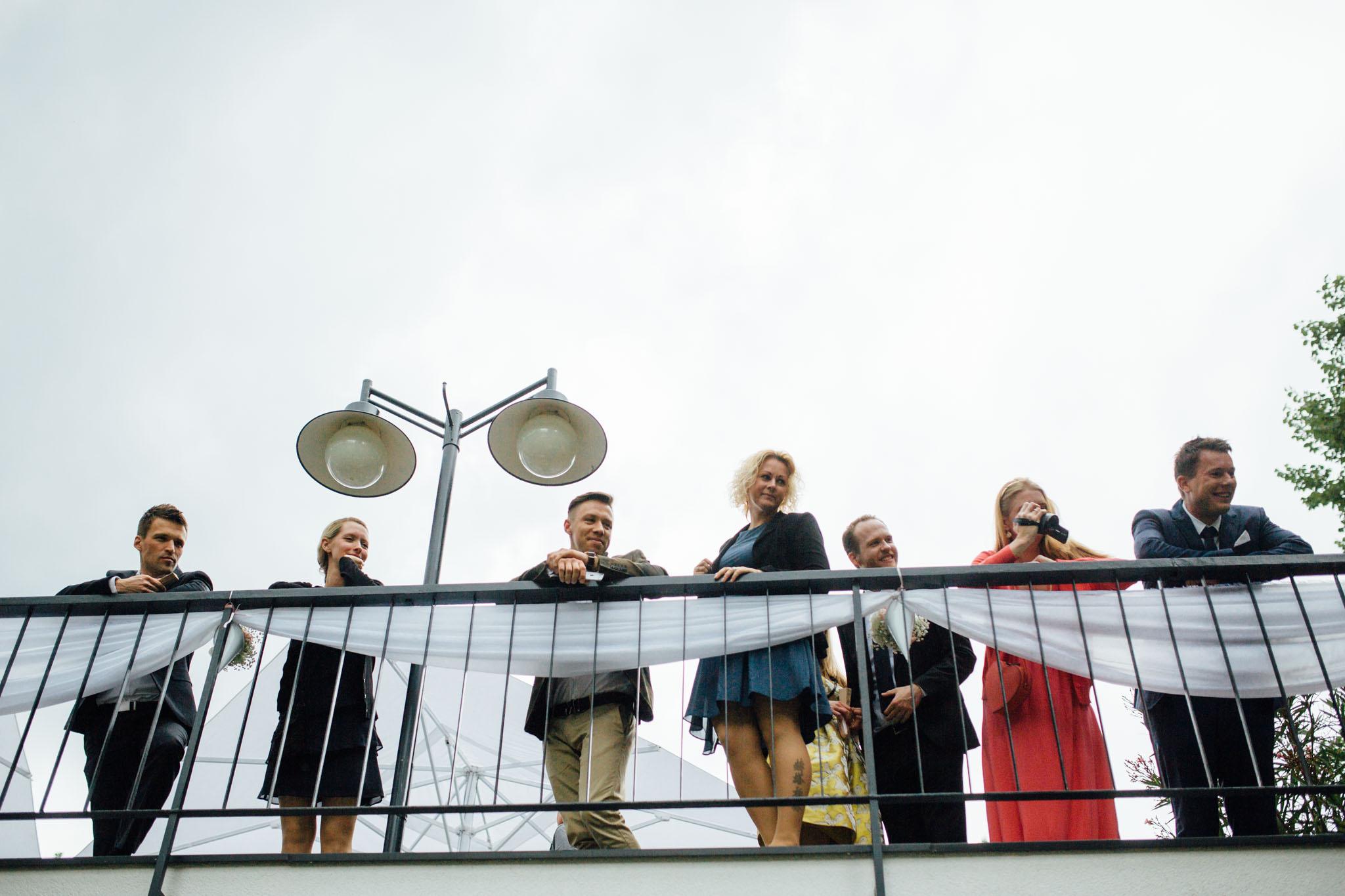 freie-trauung-hochzeitsreportage-berlin-stößensee-gäste