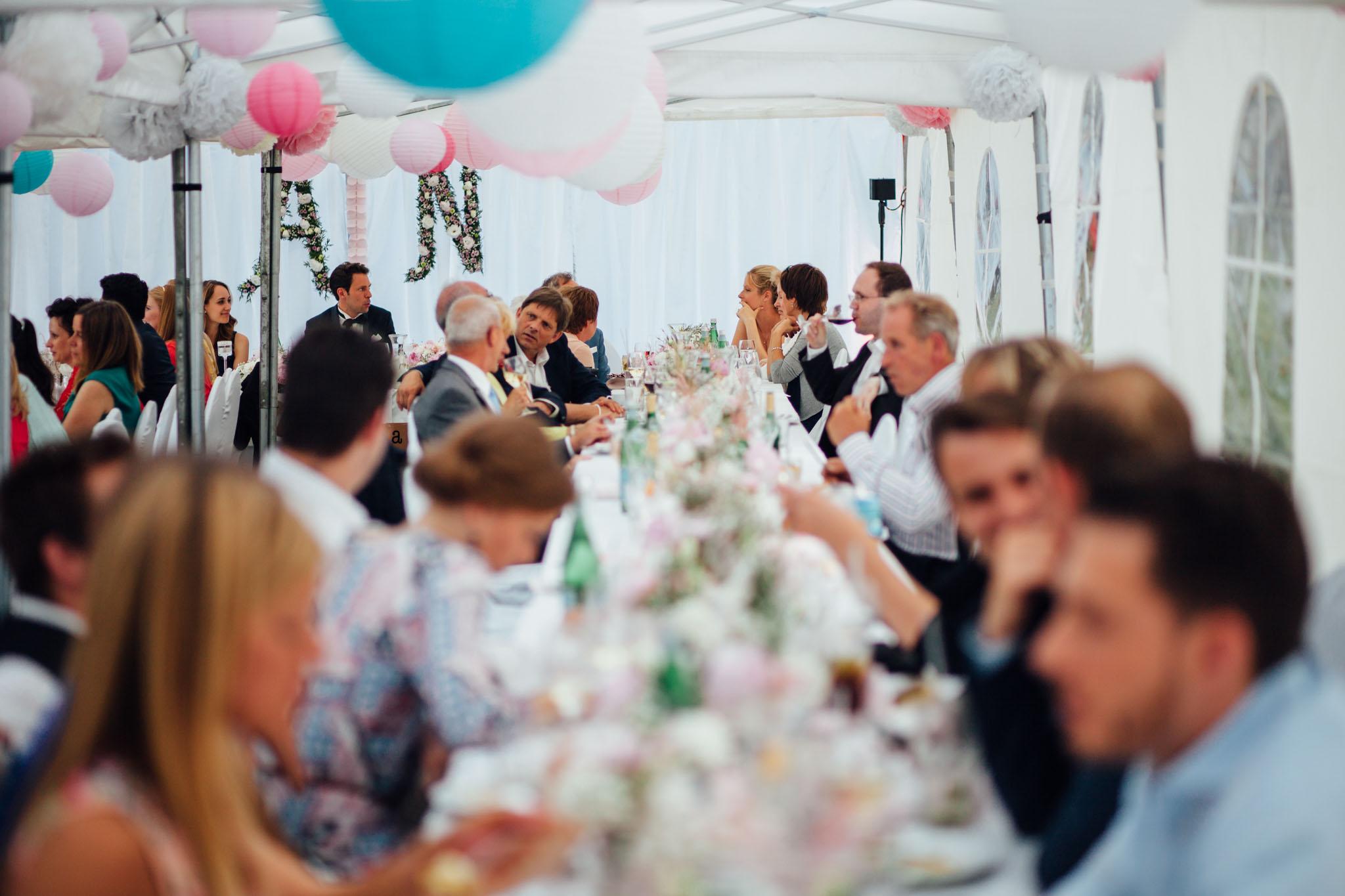 heiraten-partyzelt-berlin-fotograf