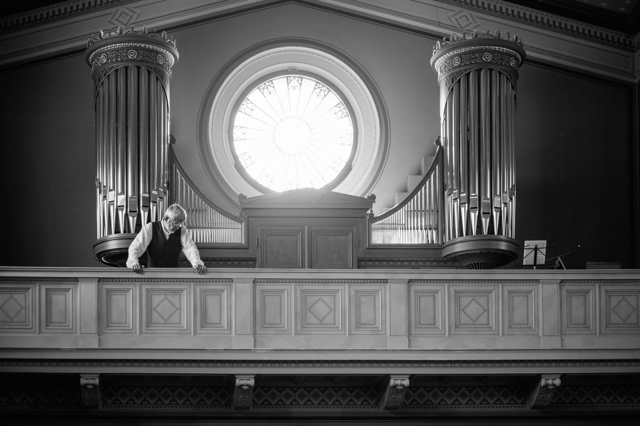 heilandskirche-sacrow-orgel-schwarzweiss