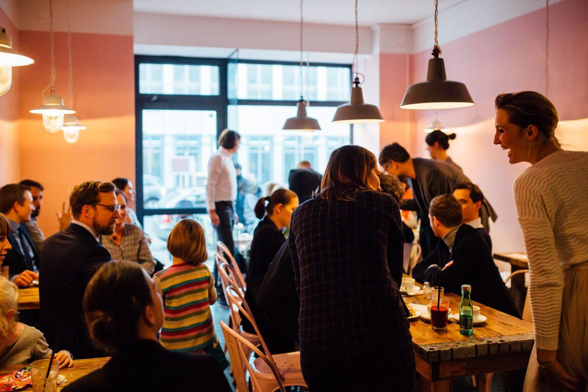 cafe-bar-love-story-berlin