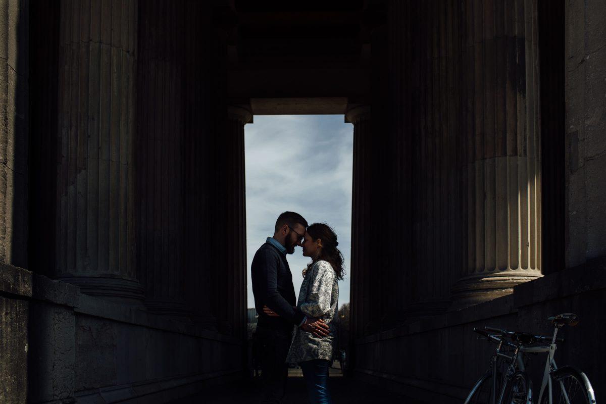 hochzeitsfotograf-muenchen-paarshooting-silhouette