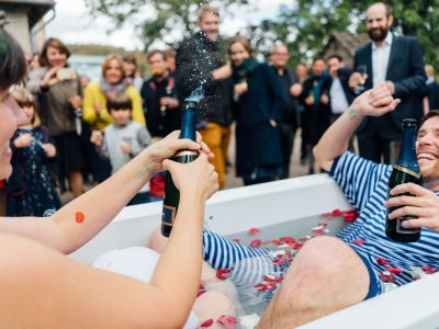 Kulturgut Wrechen in the bathtub – a joyful wedding in early autumn